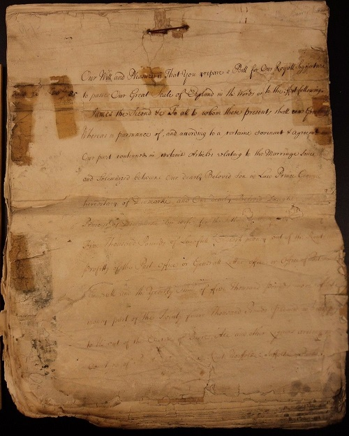 1685 ORIGINAL ANCIENT ENGLISH ROYAL WARRANT HANDWRITTEN A MERE FOUR DAYS AFTER THE DEATH OF CHARLES II AND IN THE NAME OF THE NEW KING JAMES II GIFTS AND LARGESSE ARE SHOWERED ON HIS FAMILY AND RETAINERS
